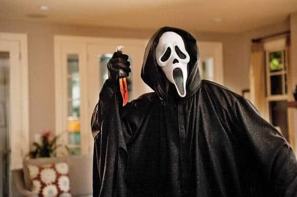 Scream masked killer in slasher movie